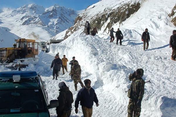 หิมะตกหนักทางตอนเหนืออัฟกานิสถาน